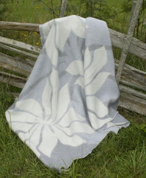 Lily grå 130x180