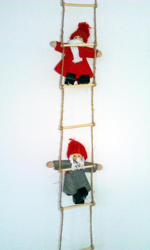 Little santas on a ladder